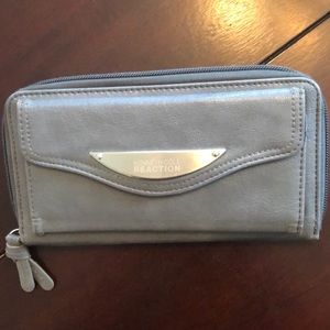 Kenneth Cole gray wallet